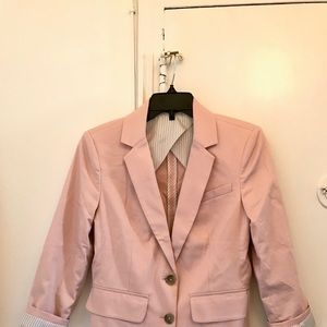 Express blazer - A classic in pink!